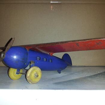 Wyandotte Lockheed Vega Tin Plane
