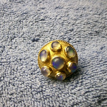 Large Art Nouveau Gold Moonstone Ring - I would like to find its maker/origin. - Fine Jewelry