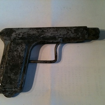 old toy gun
