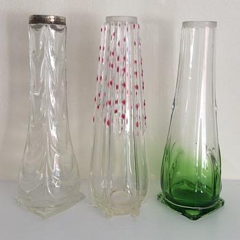 3 Edwardian bud vases of a type - Art Glass