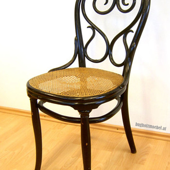 Thonet Chair Nr. 4 - Furniture