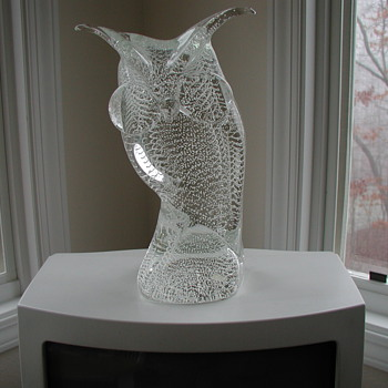 Solid Crystal Bubble Glass Murano Owl