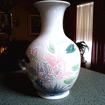 "Large Japanese ""Moriage"" Vase /Pastel Floral Design/Marked ""Made in Japan""/Mid 20th Century"