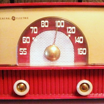 1955 GE Model 429 Radio - Radios