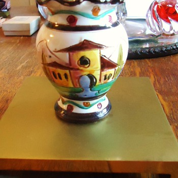 Vase 3 1/2 inches!  Italy,  Toli?  maybe Mario from Nove Italy - Art Pottery
