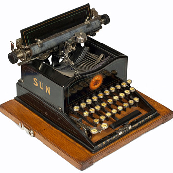 Sun Standard 2 typewriter - 1901 - Office