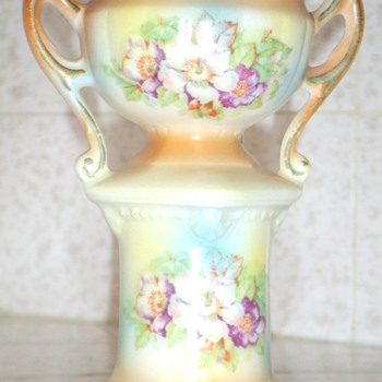 Little flower vase - Art Pottery