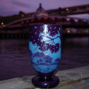 ANDRE DELATTE NANCY FRANCE CAMEO GLASS VASE - Art Glass