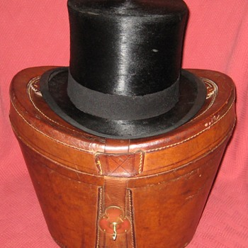 Tress & Co. London Leather Top Hat Case
