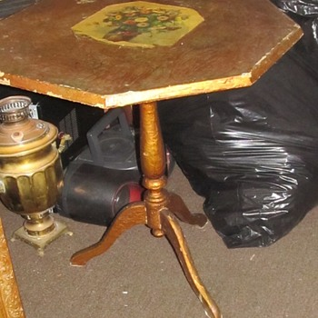 Antique small table foldable