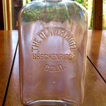 THE DENVER HOTEL, BRECKENRIDGE, COLORADO whiskey flask 1900 - Bottles