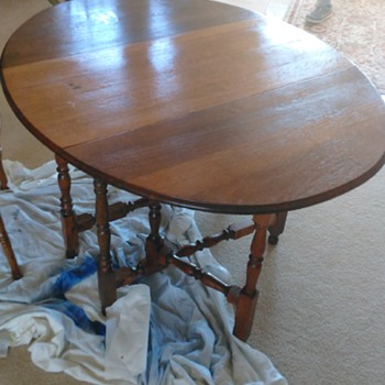 Question about Oval Folding table age