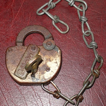 Adlake Railroad Padlock...With Brass Key And Chain - Tools and Hardware