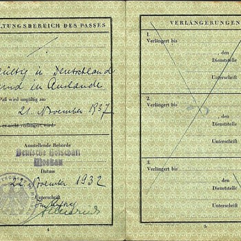Moscow 1932 issued German passport - Paper