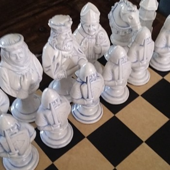 porcelain chess set