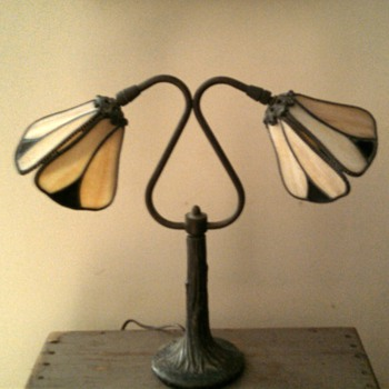 Double leaded glass student lamp