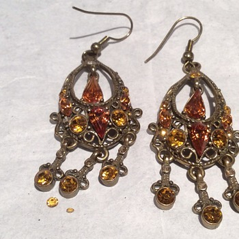 Stunning vintage earrings