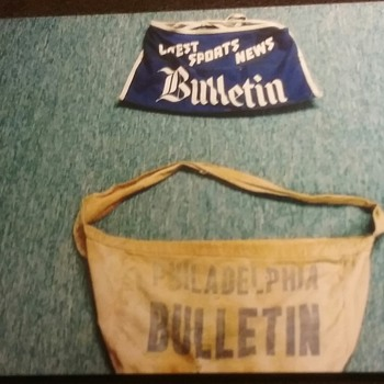 Philadelphia Bulletin newspaper bags. (see pics). - Advertising