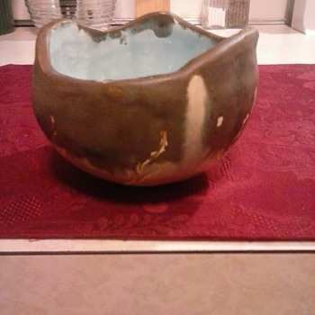 My mystery bowl! - Art Pottery