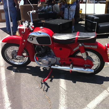 1969 Honda Dream 150 - Motorcycles