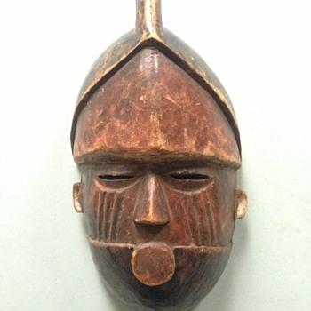 """Antique Tribal Mask? Cool find at church fair 11"""" x 6"""" - Visual Art"""