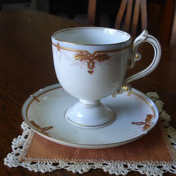 Vieux Paris pedestal cup and saucer - China and Dinnerware
