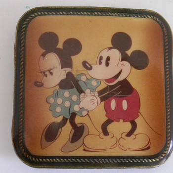 Mickey & Minnie Belt Buckle