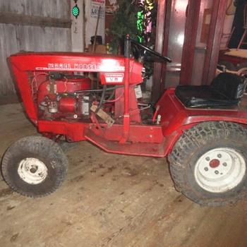 Rare 1969 Wheel Horse Commando V8 Lawn & Garden Tractor