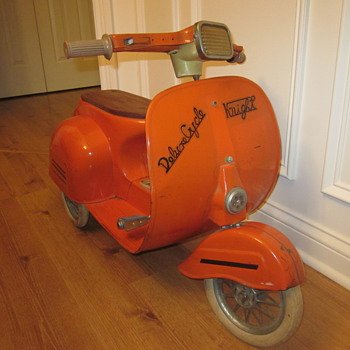 Vintage Pedal Scooter