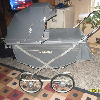 1954 Storkeline baby carriage