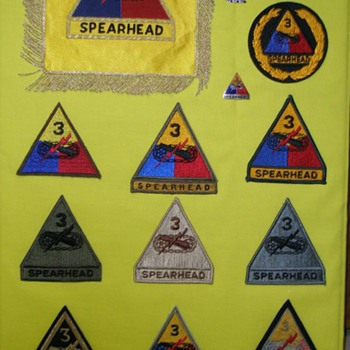 U.S. Army 3rd Armored Division shoulder Patches - Military and Wartime