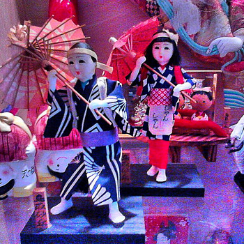Japanese Dolls... what are these? - Dolls