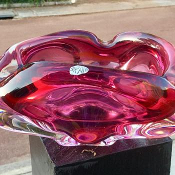 Estate sale heavy ashtray - Art Glass