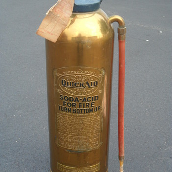 Fire Extinguisher from ..1950's?.. - Firefighting