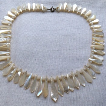 Antique mother of pearl picket necklace  - Costume Jewelry