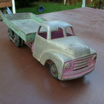 FUN HO BEDFORD TIP TRUCK - Model Cars
