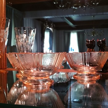Pink depression glass custard bowls