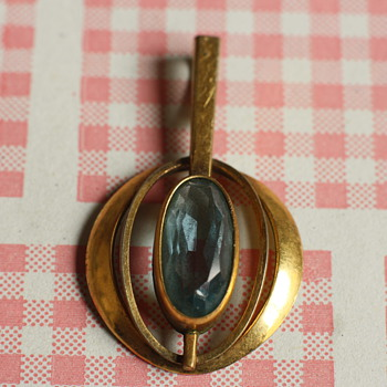 AM. DBL A*D Gold tone and aquamarine pendant - Costume Jewelry