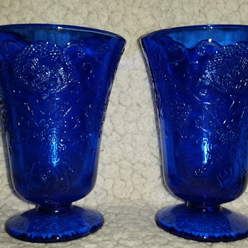 little blue cups