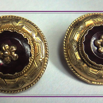 Rare Victorian yellow gold (14K) Amethyst pin board - Fine Jewelry