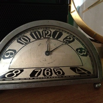 Silvercraft Deco Clock