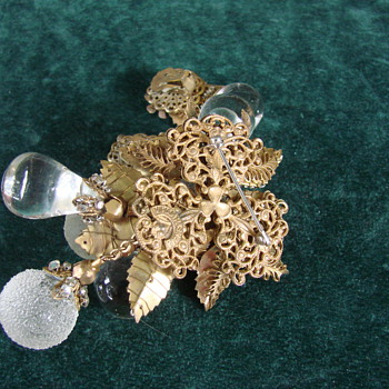 Miriam Haskell Clear Poured and Frosted Glass Brooch and Earring Set