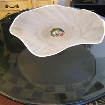 23 inch art dish with 4 inch paper weight for base. Who made this? - Art Glass