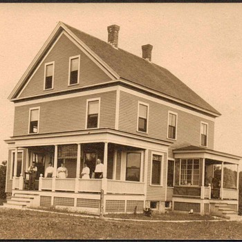 Early 1900's Postcard - House - Postcards