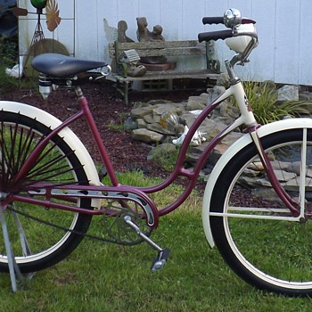 PRE-WAR ROADMASTER BICYCLE - Outdoor Sports