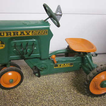 Murray Pedal Tractor Diesel - Model Cars