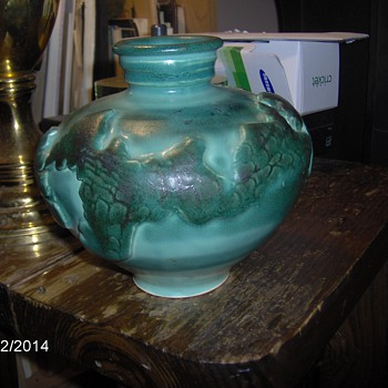 Old Pottery Green  Vase Strange Looking Need Information - Art Pottery