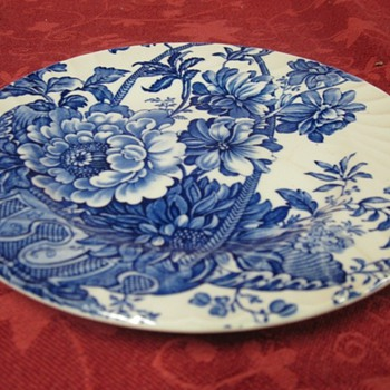 saucer. charlotle royal crownford - China and Dinnerware