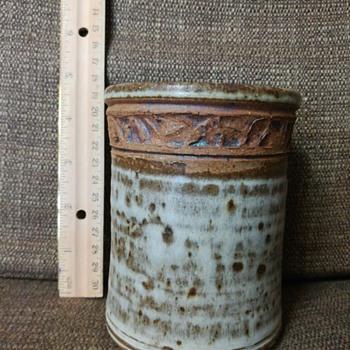 Pottery canister - Pottery