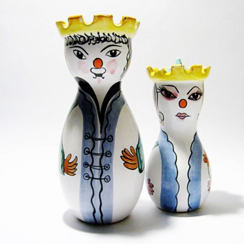 VINTAGE ITALIAN SALT &PEPPER  - Art Pottery